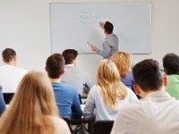 Admission Post Bac : les lycéens plébiscitent l'université