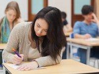 Bac : mathématiques, SES et littérature au programme de ce matin